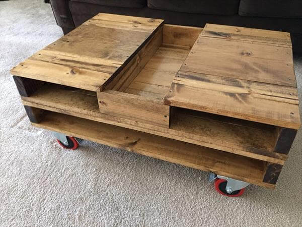pallet coffee table with storage and wheels 101 pallets. Black Bedroom Furniture Sets. Home Design Ideas