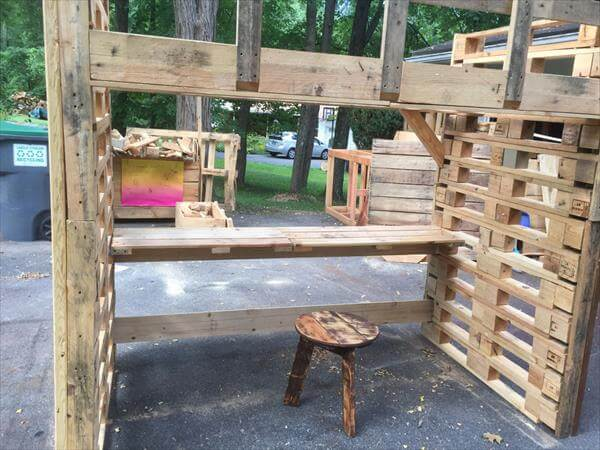 Pallet Bed Frame With Study Desk 101 Pallets