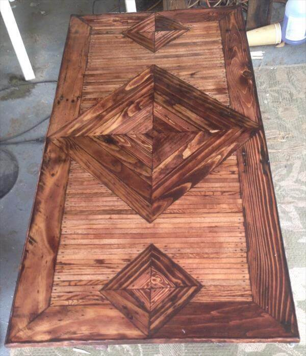 Pallet Coffee Table With Patterned Top 101 Pallets