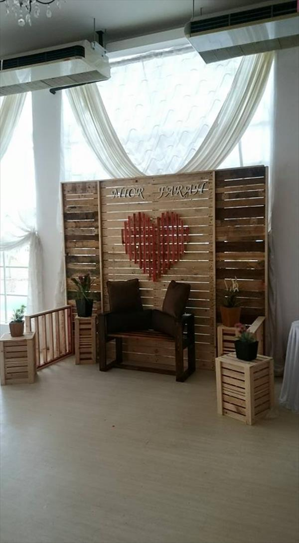 handmade wooden pallet marriage stage