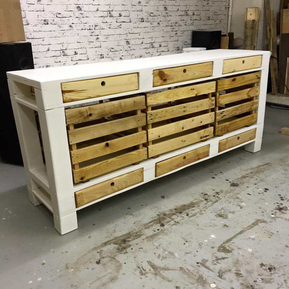 pallet tv stand cabinets and drawers 101 pallets. Black Bedroom Furniture Sets. Home Design Ideas