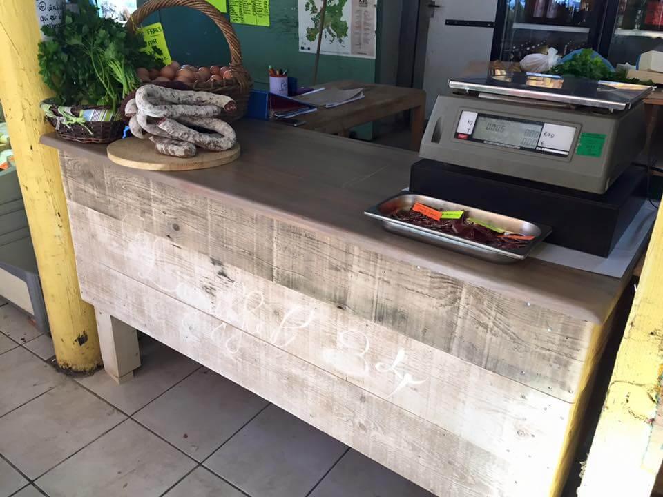 pallet shop counter