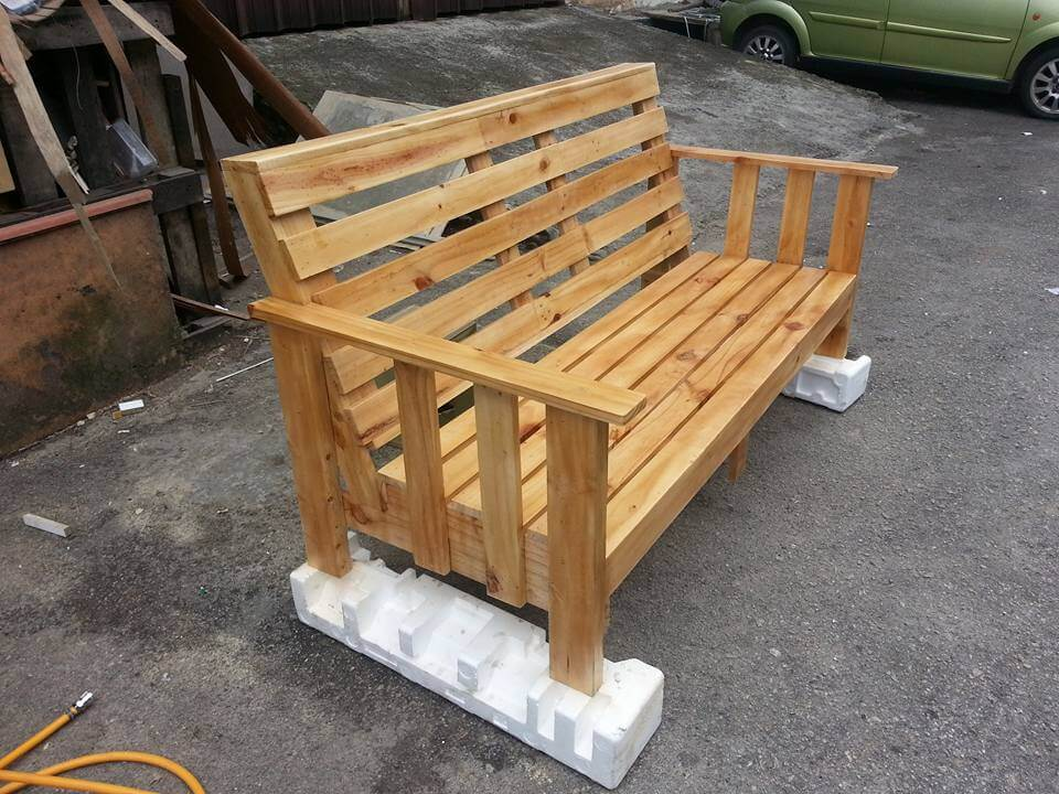 Wooden Pallet Bench 101 Pallets