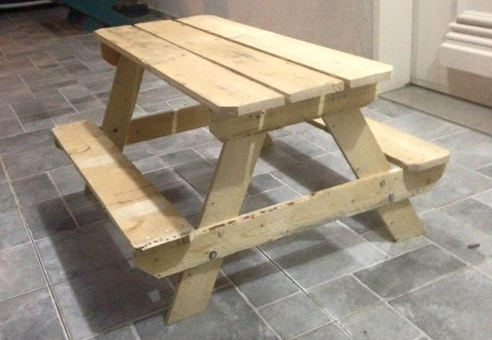 wooden picnic table plans free
