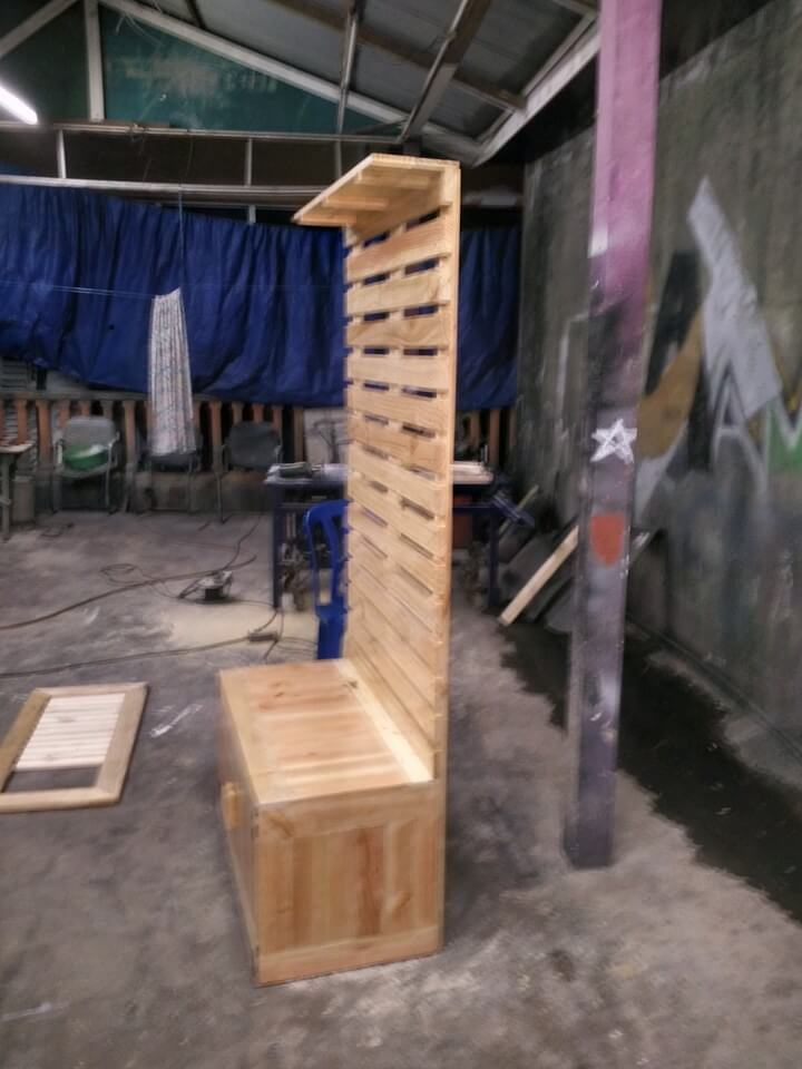 Wooden Pallet Hall Tree 101 Pallets