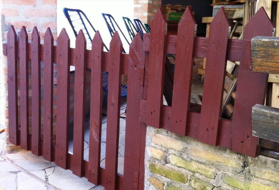 pallet outdoor gate