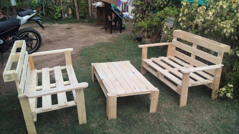 DIY Pallet Outdoor Seating Ideas