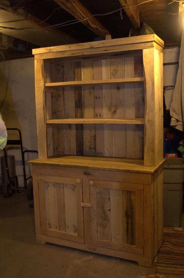 low-cost wooden pallet kitchen hutch