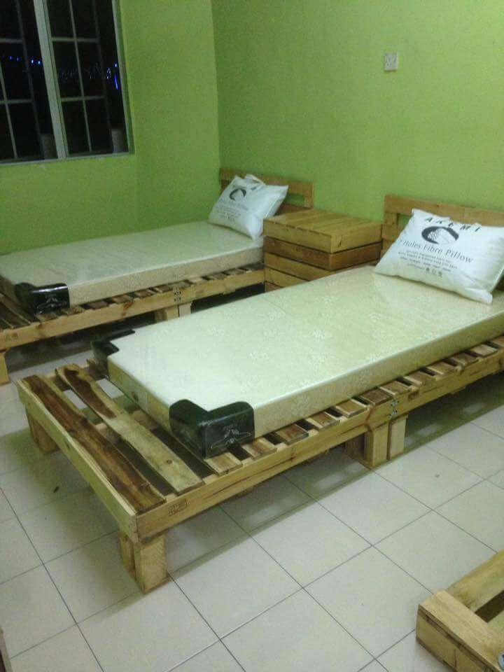 mini pallet wood beds