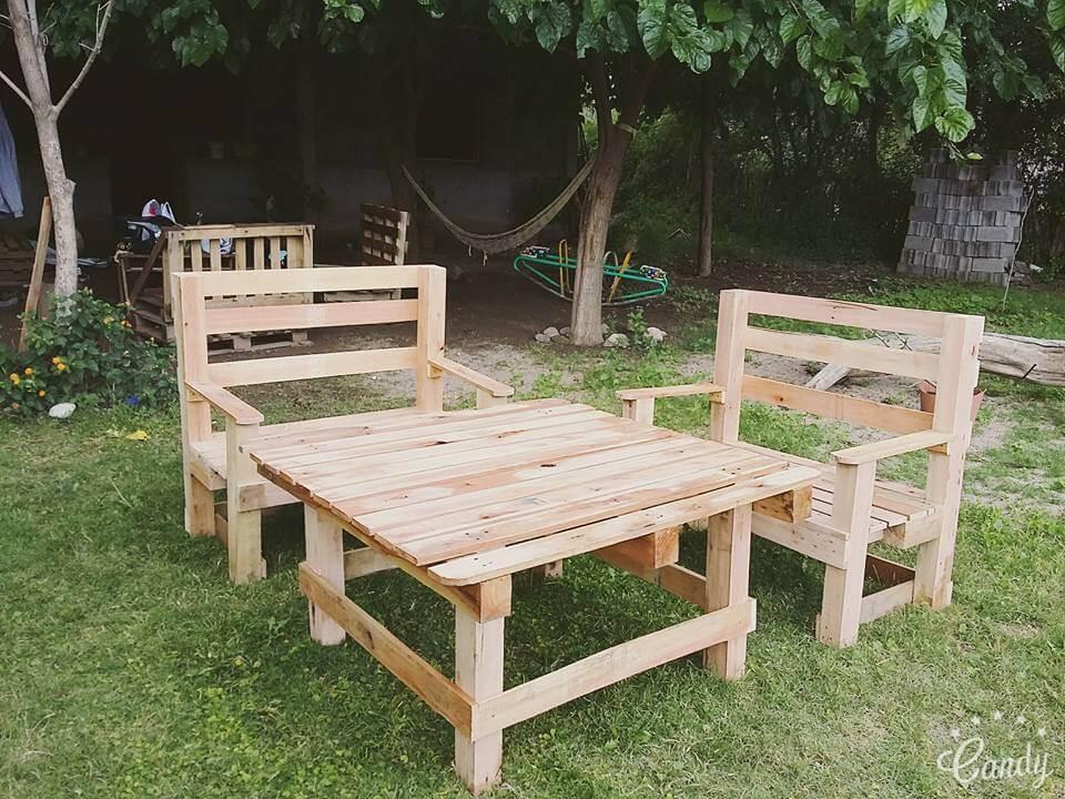 DIY Pallet Outdoor Furniture Set 101 Pallets