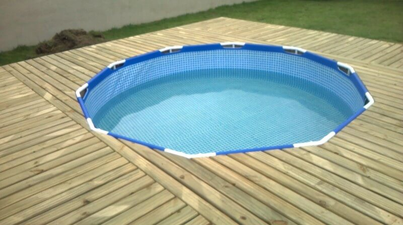 self-installed-pallet-swimming-pool