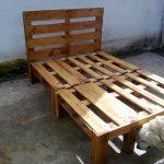 DIY Wooden Pallet Bed Design