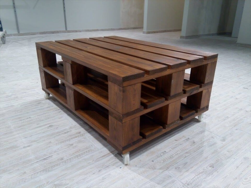 Recycled pallet coffee table on wheels 101 pallets
