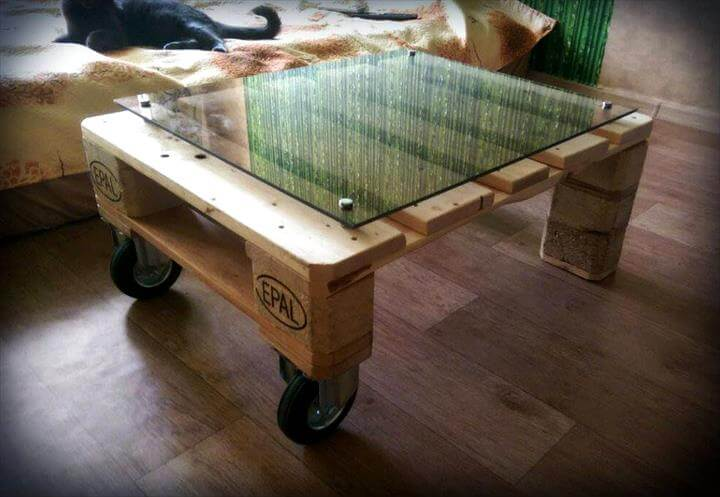 Mini Pallet Coffee Table With Glass Top Pallets