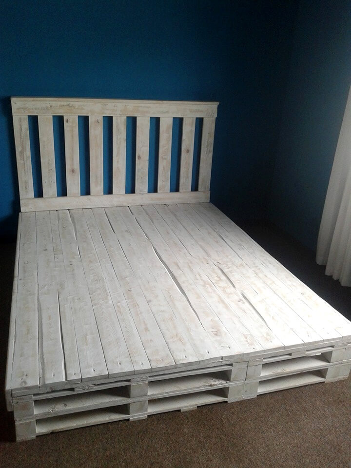 Recycled Pallet Bed Frame | 101 Pallets
