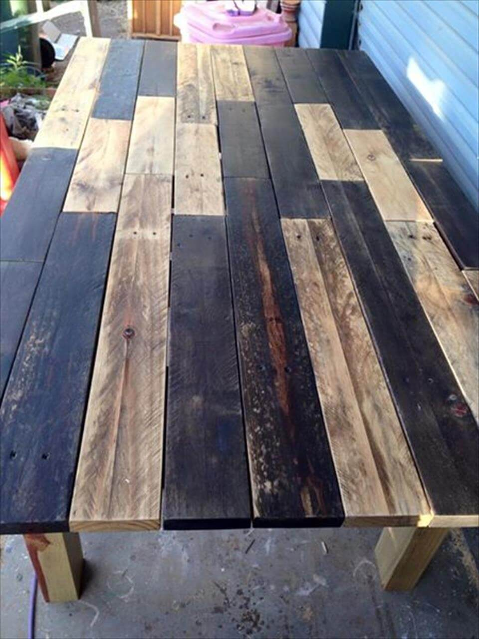 Pallet dining table - Wooden Pallet Dining Table
