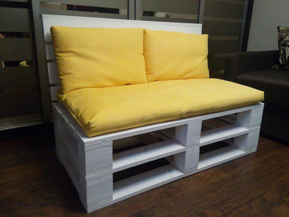 pallet sofa for 2 person seating 101 pallets