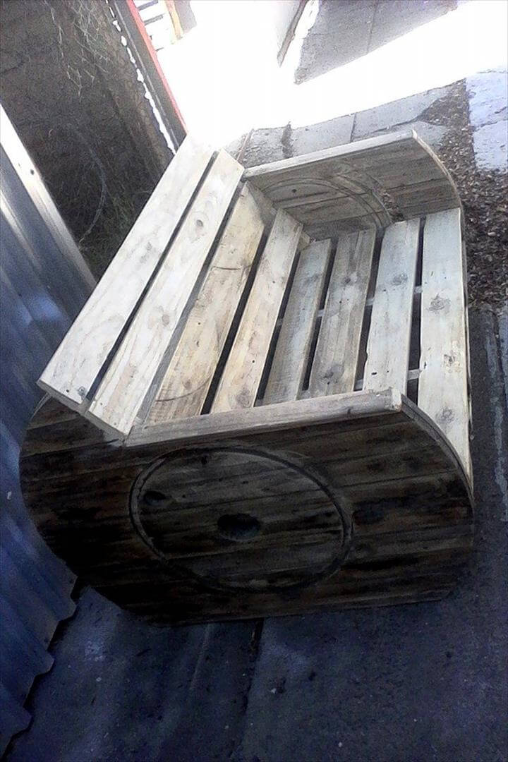 Pallet Love Seat With Cable Spool Sides 101 Pallets