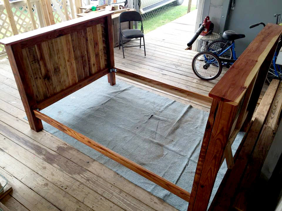 diy pallet full size bed frame