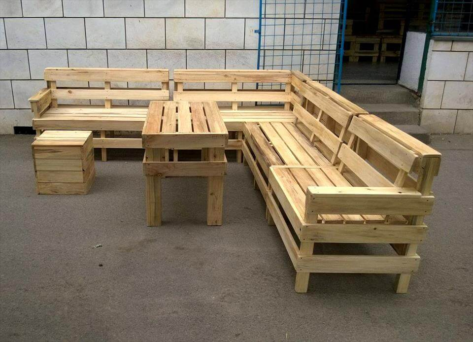 DIY Pallet Patio or Outdoor Furniture Set | 101 Pallets