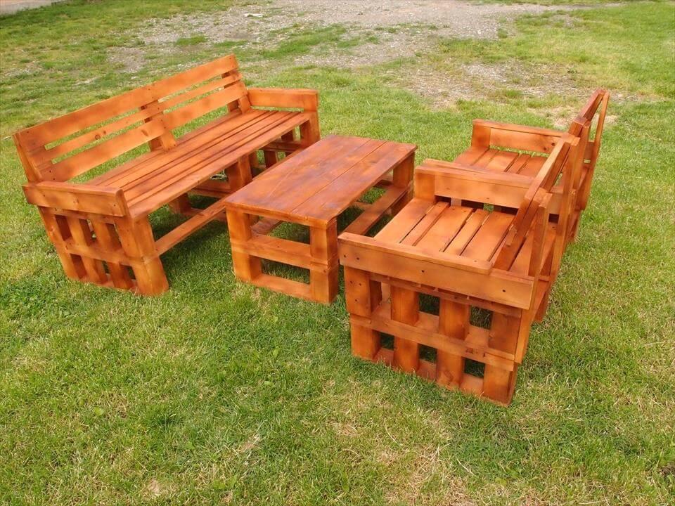 wooden pallet garden sitting set