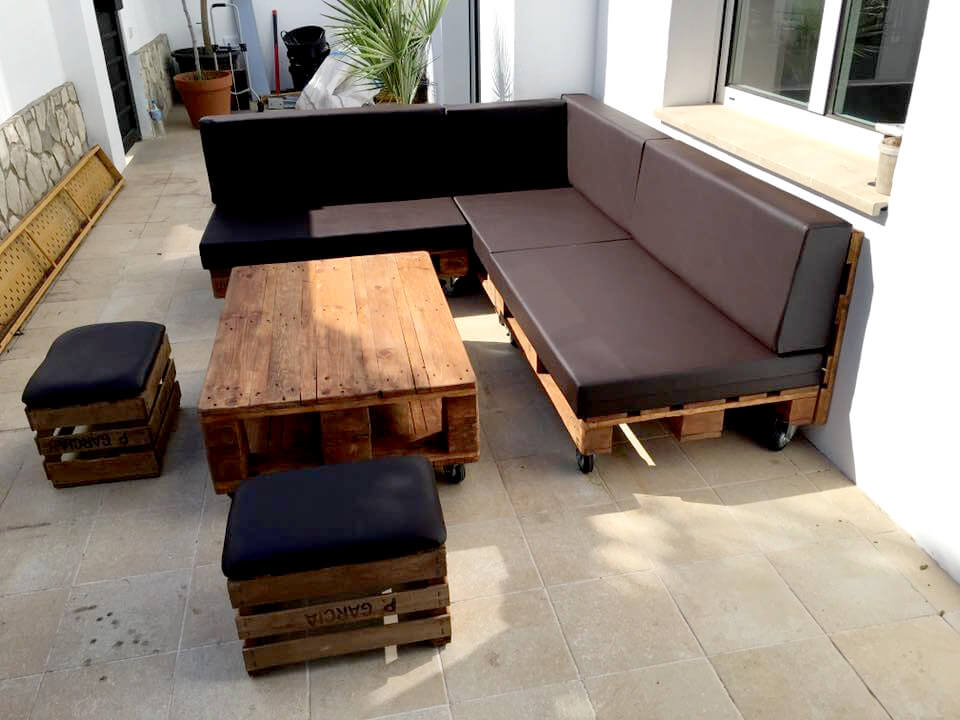 no-cost wooden pallet sectional patio set