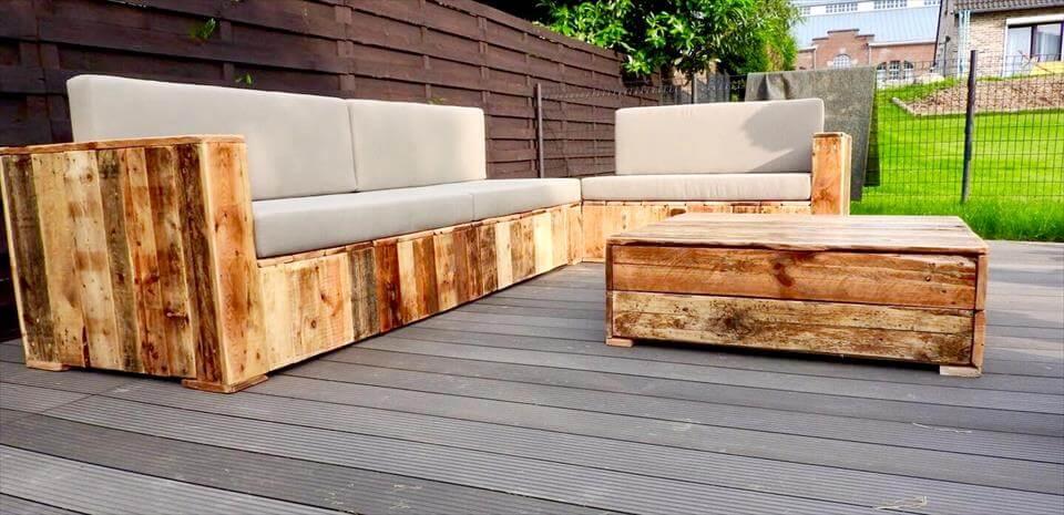 low-cost pallet deck sofa set