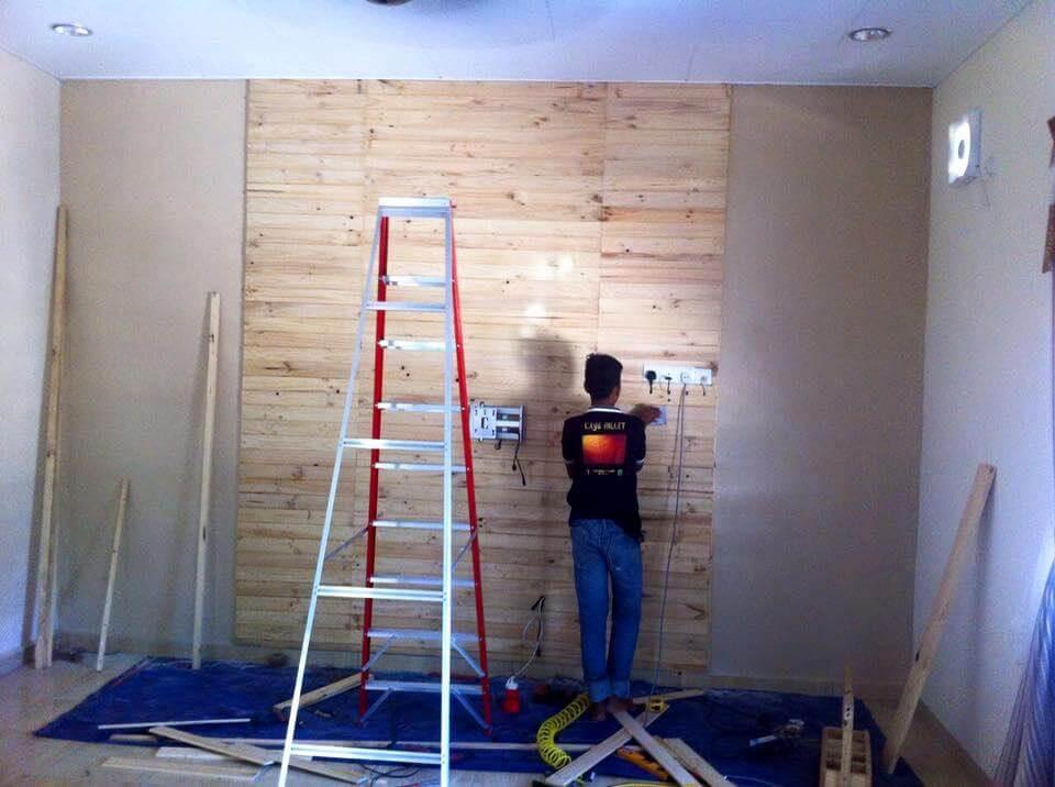 pallet media wall