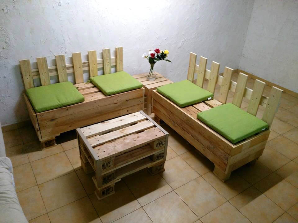 20 wonderful pallet ideas using pallets wood 101 - Naturewood furniture for both indoor and outdoor sitting ...