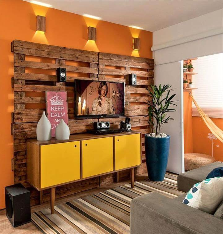 upcycled wooden pallet entertainment center