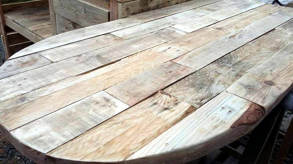 recycled pallet kitchen table
