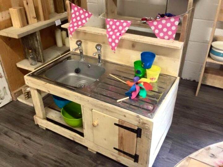 diy wooden pallet kids mud kitchen