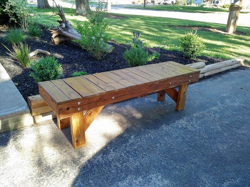 Recycled pallet outdoor bench seat