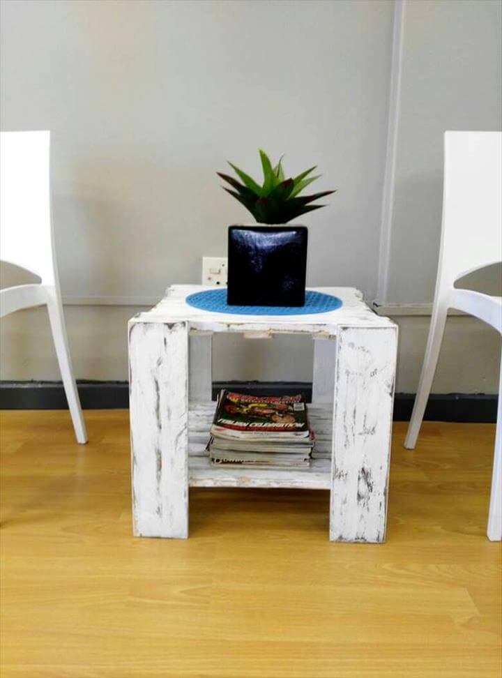small in size pallet coffee table