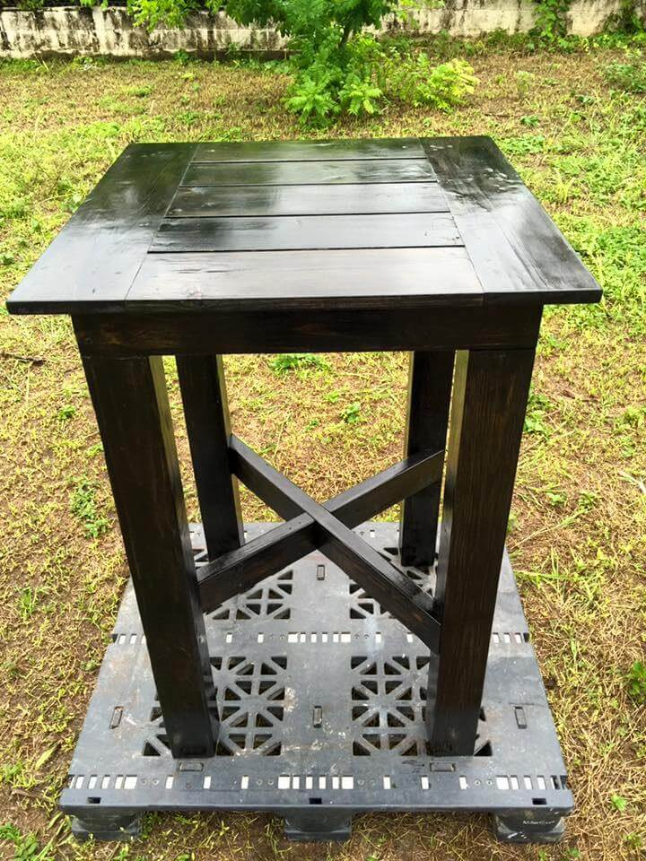 Up-cycled pallet bar height table