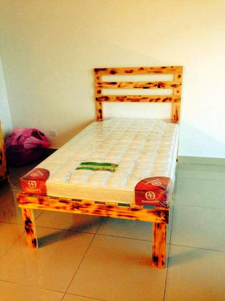 single pallet bed