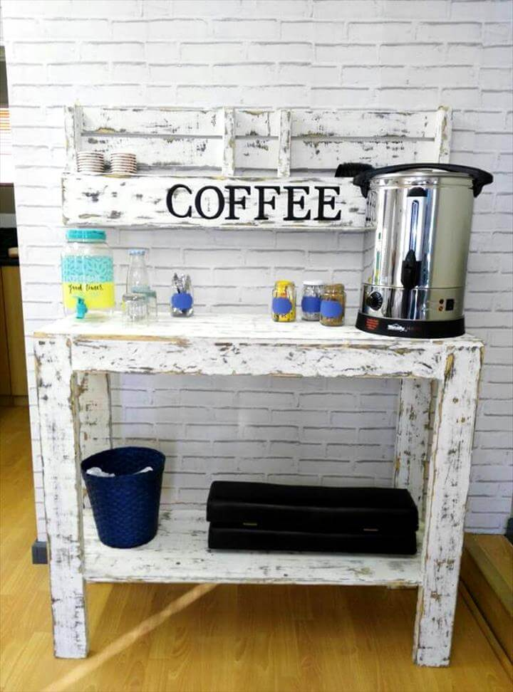 wooden pallet coffee mug rack and console