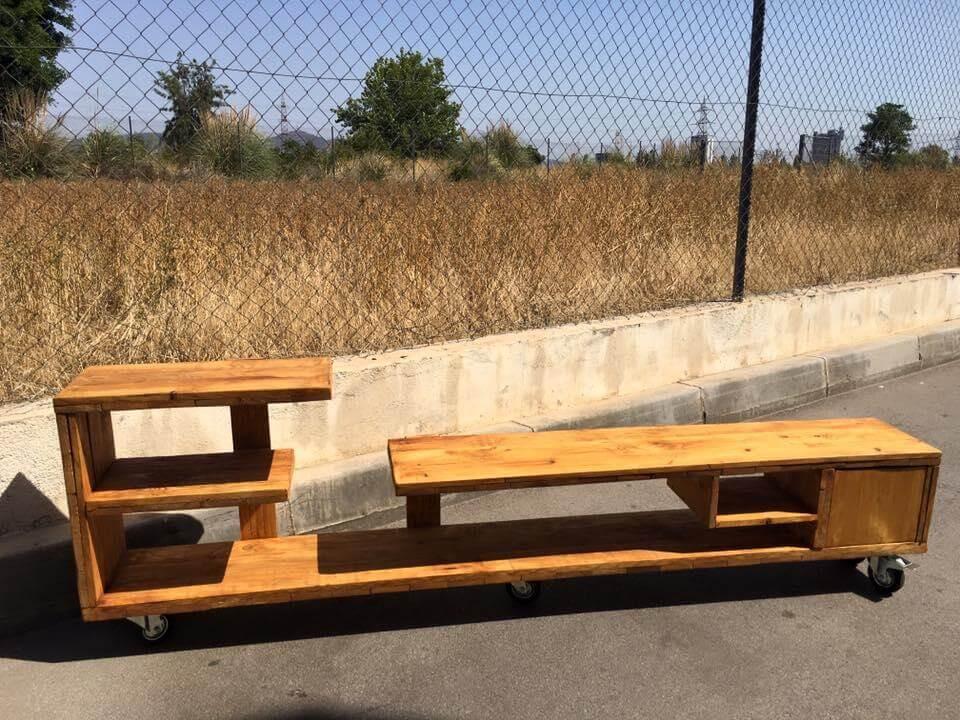 Wooden pallet media table