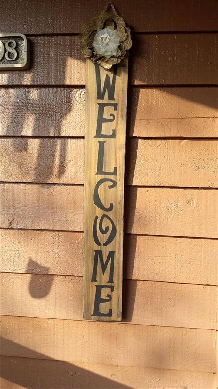 cute pallet welcome sign