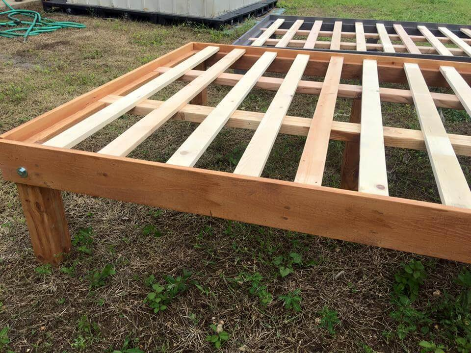 Queen Size Wooden Pallet Bed Frames 101 Pallets