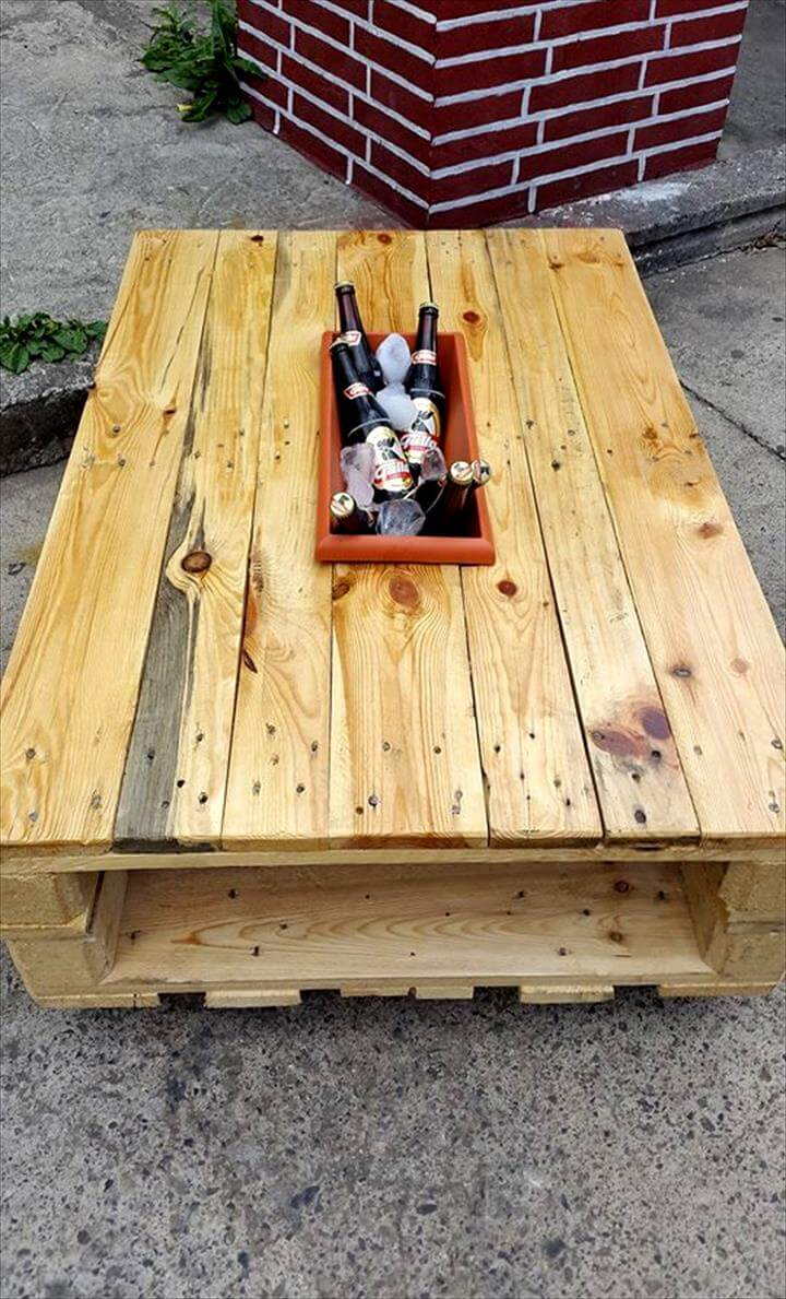 wooden pallet icebox coffee table