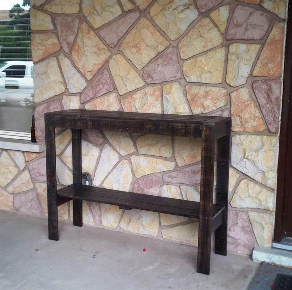 dark stained pallet hallway console