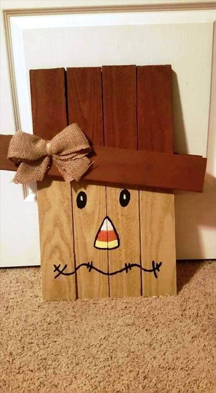 wooden pallet Halloween decor
