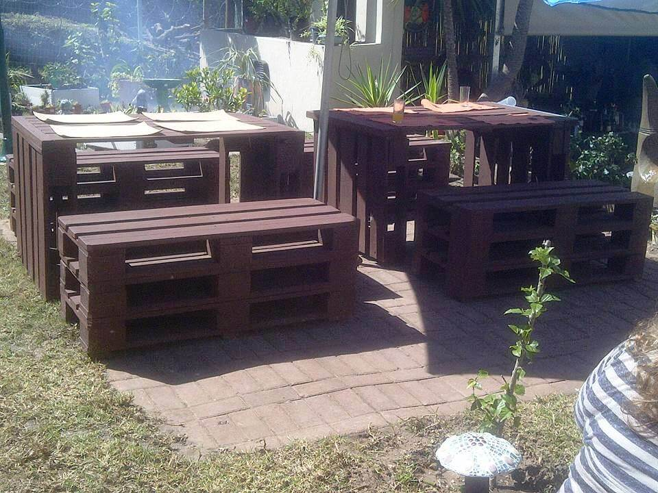 wooden pallet table with matching benches