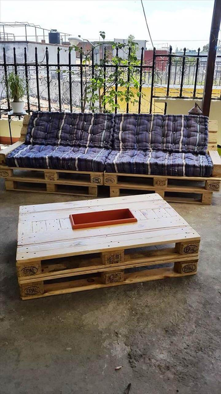 stacked pallet coffee table with icebox
