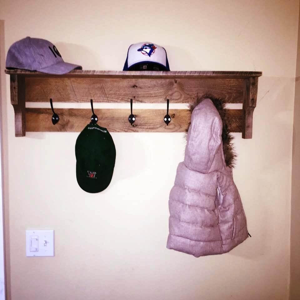 wooden pallet hallway coat hooks