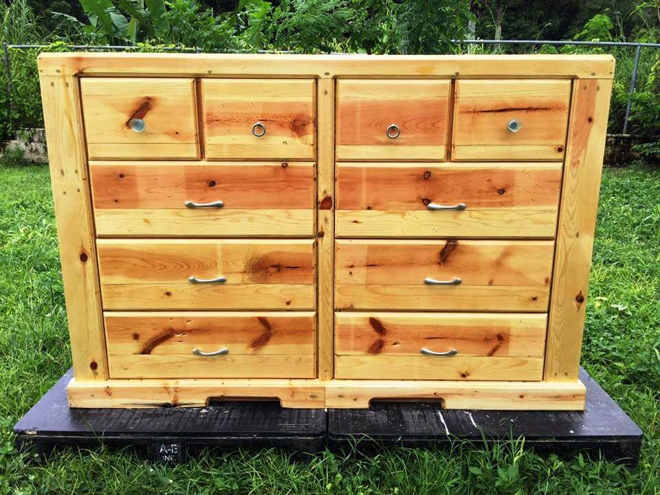 low-cost yet sturdy pallet chest of drawers